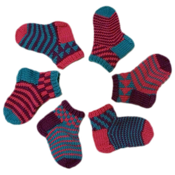 SOCKS - CHILD SIZE 9 Crochet Pattern - Free Crochet Pattern